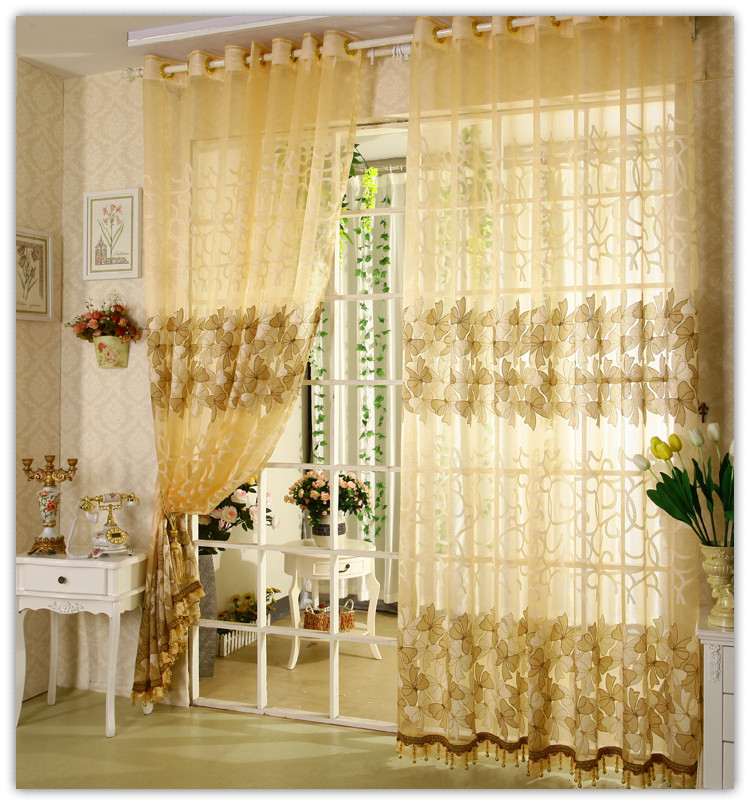 comment bien habiller ses fen tres avec des rideaux. Black Bedroom Furniture Sets. Home Design Ideas