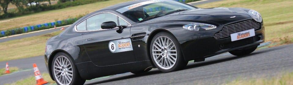 Stage en Aston Martin