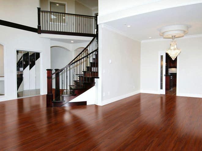 Vous avez des ennuis de plomberie appelez nous for Hardwood floors montreal