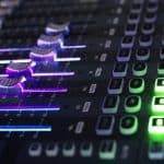 Contacter un dj professionnel sur internet pour votre soirée privée