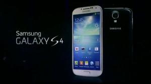 Nexus-7-vs-Samsung-Galaxy-S4-2