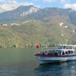 A la découverte du lac d'Annecy sur un bateau sans permis