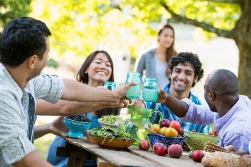 Recevoir Des Amis les bonnes idées de dernière minute pour recevoir des amis à l
