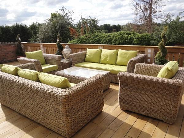 Mobilier de jardin cr ez un espace accueillant pour for Ameublement de jardin