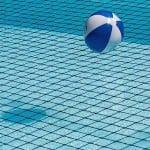 Pourquoi il faut absolument filtrer l'eau de votre piscine ?