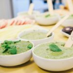 Jouez les épicuriens en invitant le caviar à la table de l'apéro