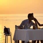 Jouer les romantiques dans un couple : bon ou mauvais ?