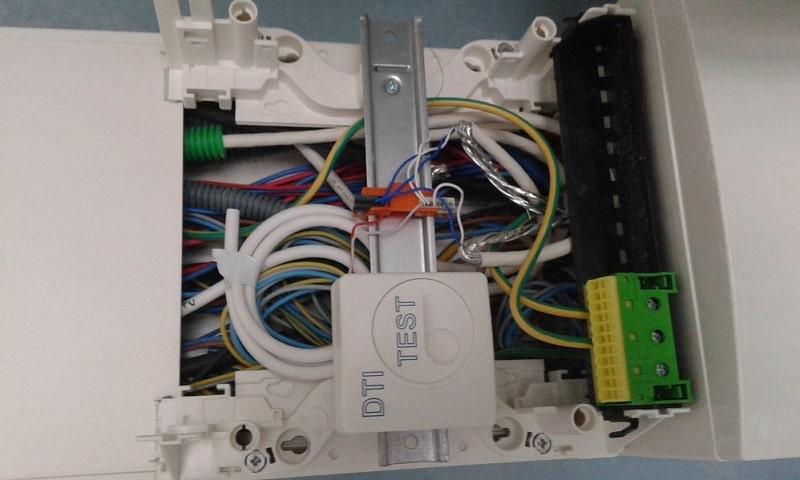 Comment sertir un câble RJ45 Cat 6