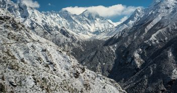 trekking spectaculaire sur l'Himalaya