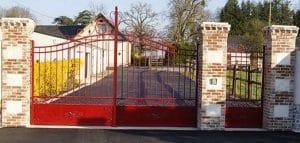 piliers de portail en pierre
