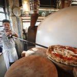 Ces pizzerias parisiennes qui n'emploient que des Italiens : est-ce illégal ?
