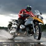 Choisir ses pneus moto en fonction de la saison