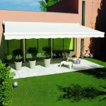 Prolongez vos soirées d'été grâce avec un store terrasse
